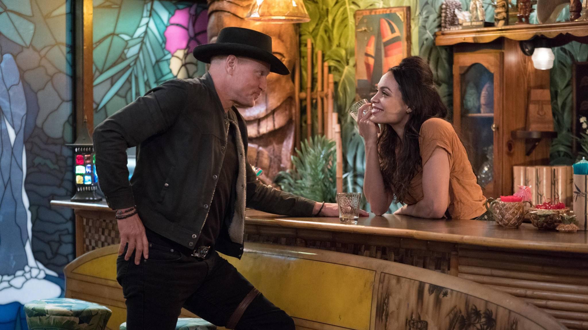 Woody Harrelson als Tallahassee und Rosario Dawson als Nevada in Zombieland 2