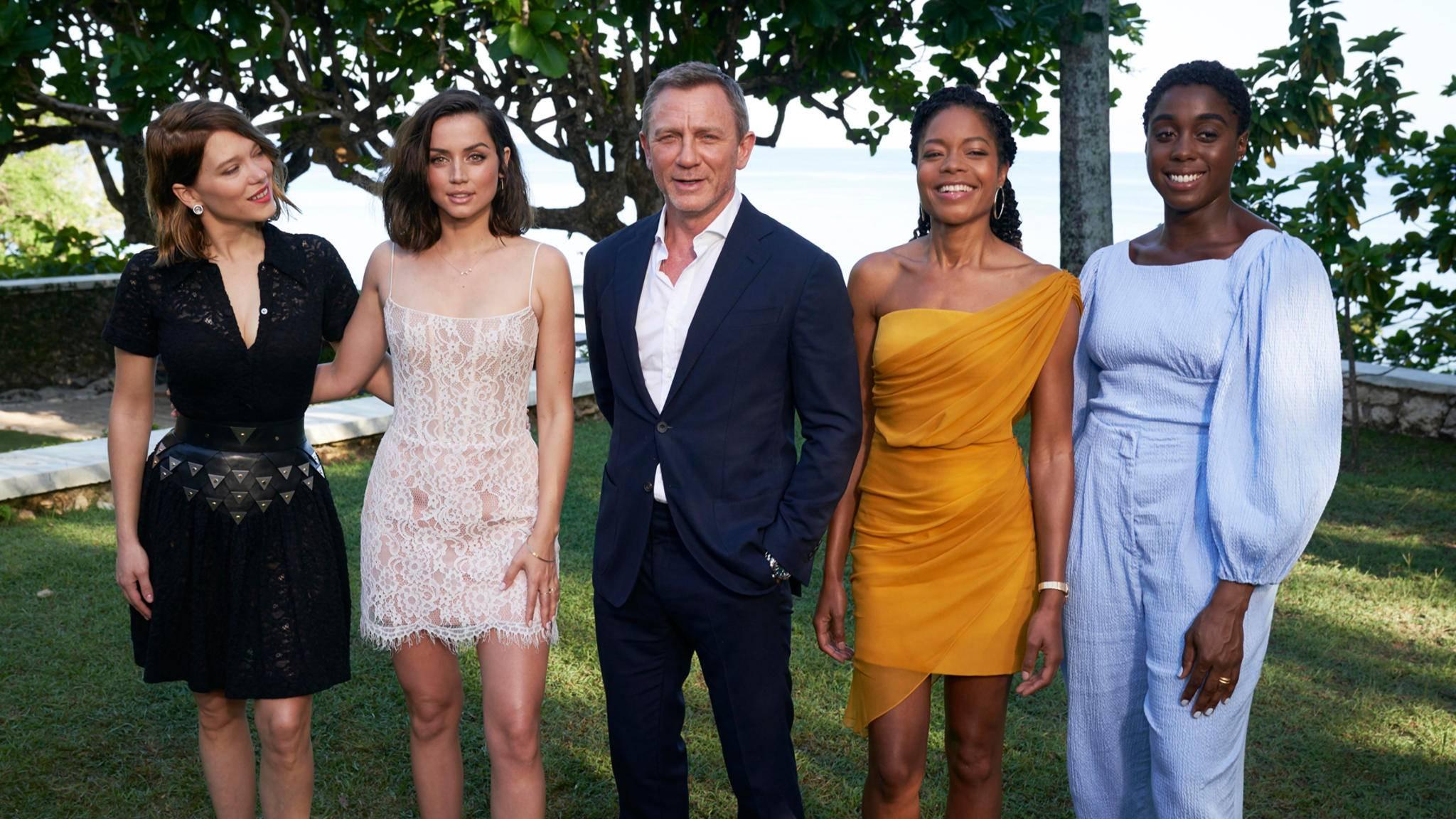 """""""Kein Zeit zu sterben"""" hat fast so viele Enden wie Bond-Girls."""