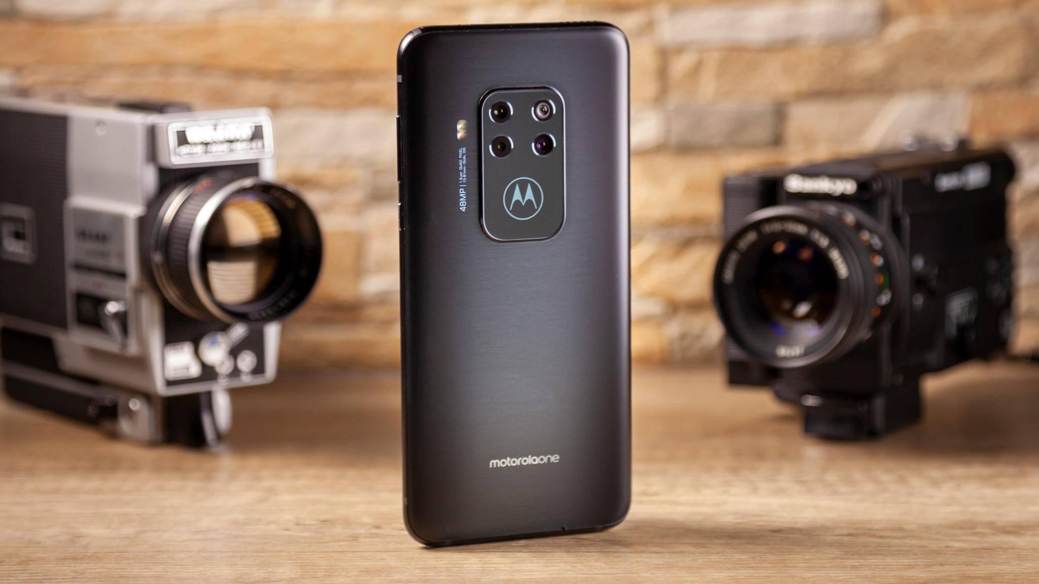 Motorola One Zoom Cover