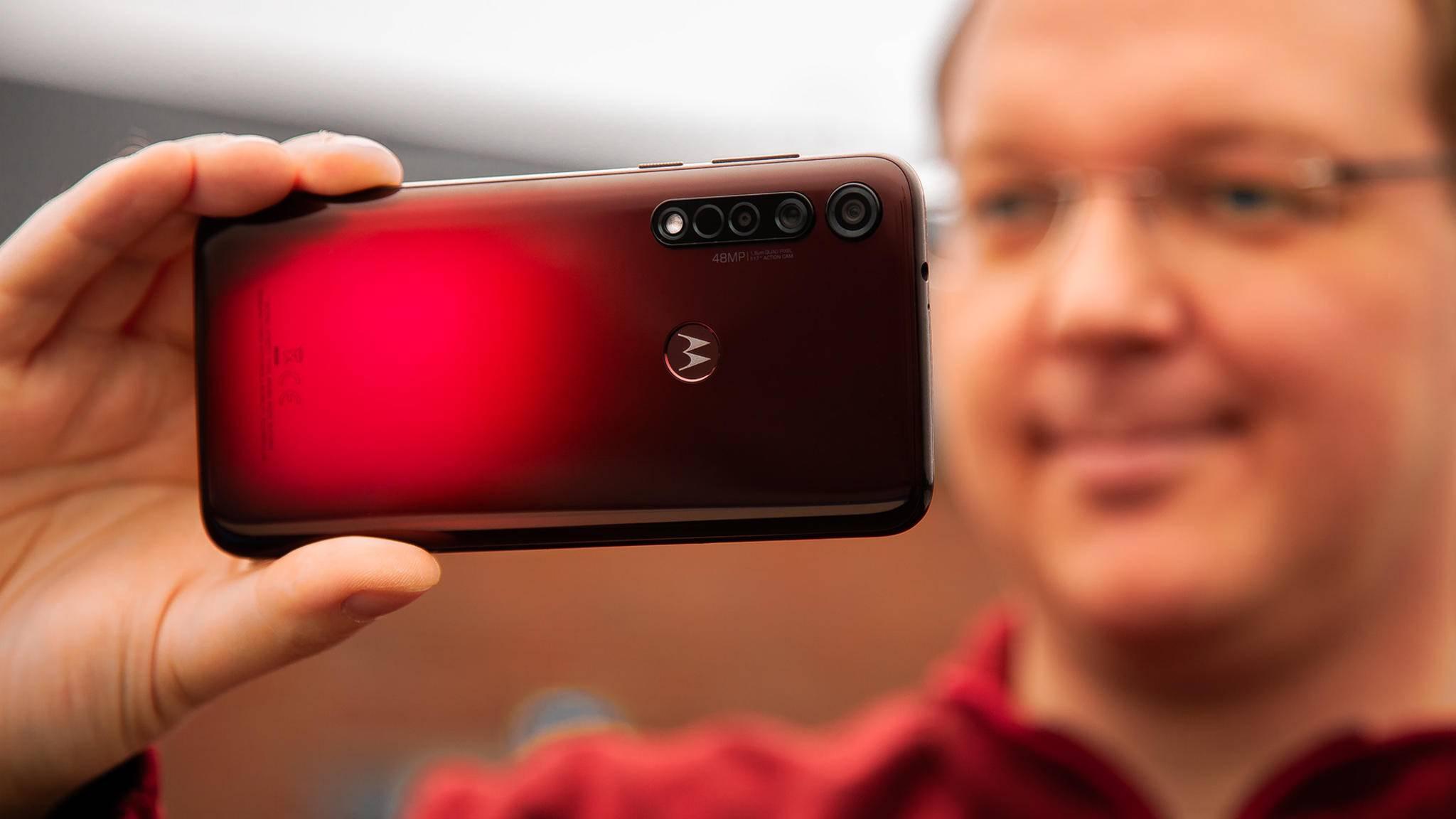 Motorola-Moto-G8-Plus-2