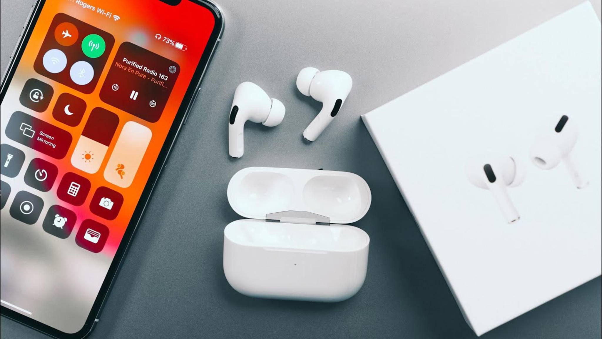 Wir erläutern, wie Du die neuen AirPods Pro mit dem Smartphone verbinden kannst.
