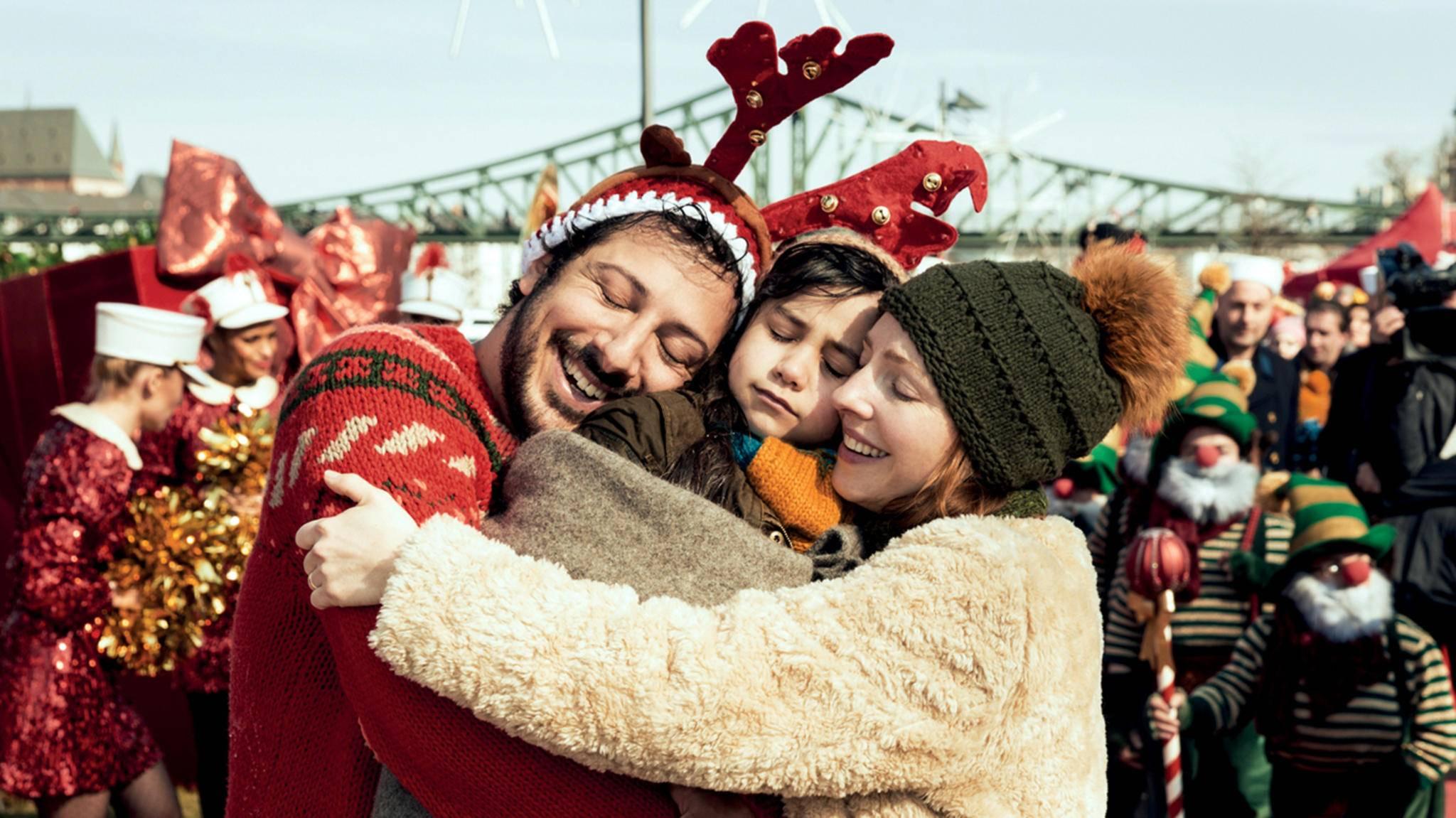 alles ist liebe fahri yardim weihnachten familie