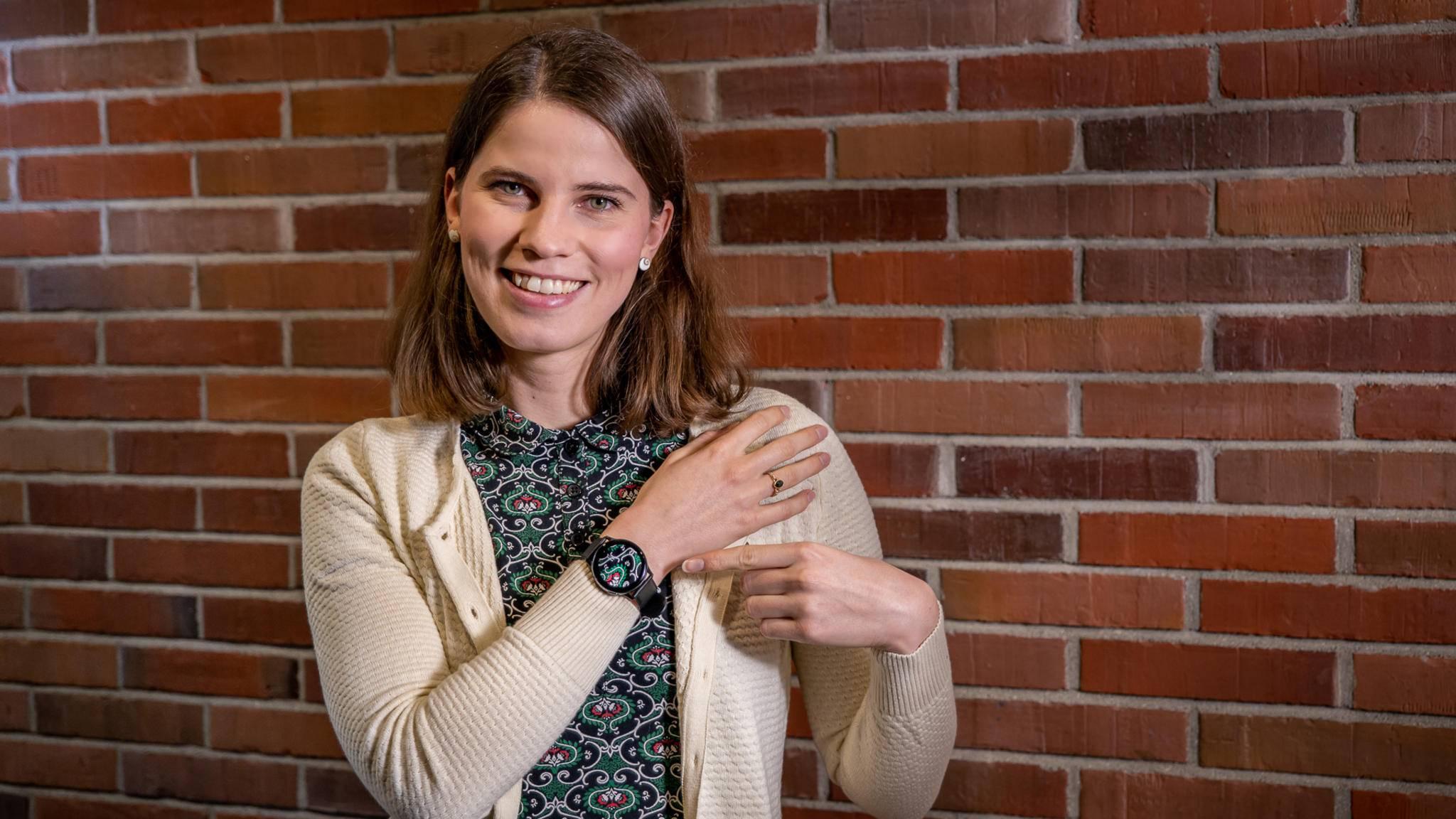 Schick! Das Zifferblatt der Galaxy Watch Active 2 kann man individualisieren.