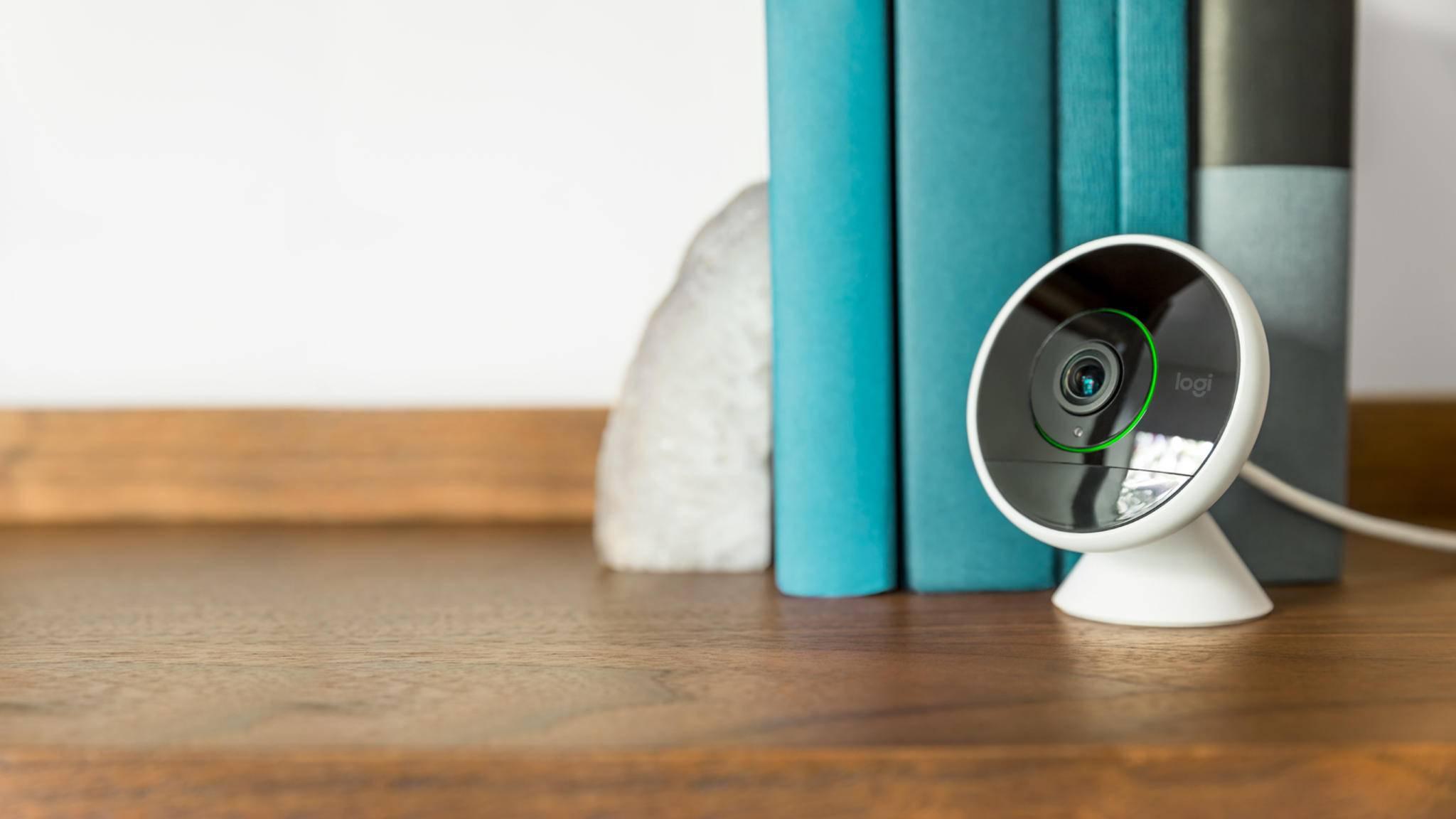 Indoor-Cams wie die Circle 2 von Logitech (im Bild) sorgen zu Hause einfach für mehr Sicherheit.