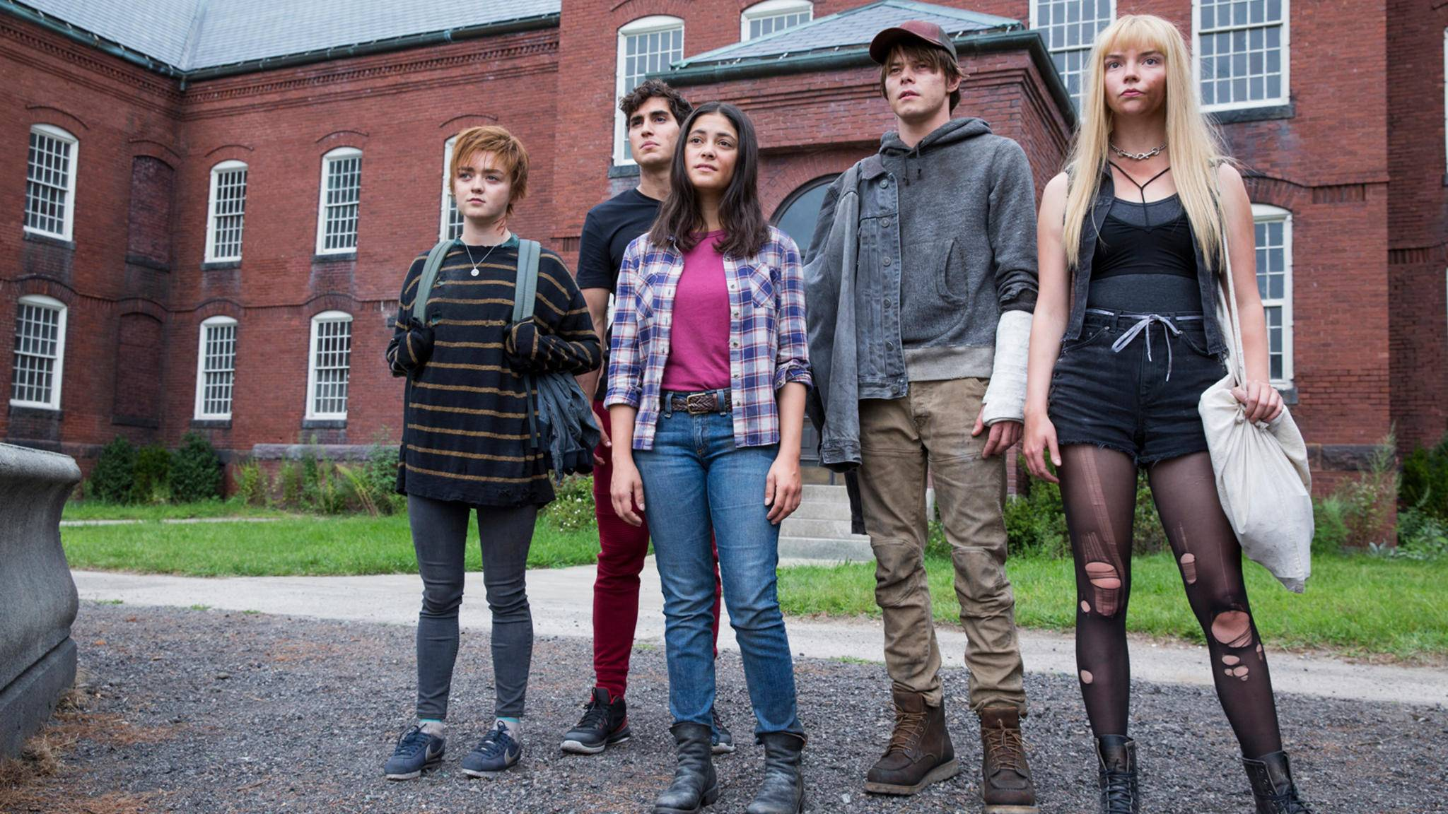 New Mutants: Maisie Williams, Henry Zaga, Blu Hunt, Charlie Heaton, Anya Taylor-Joy