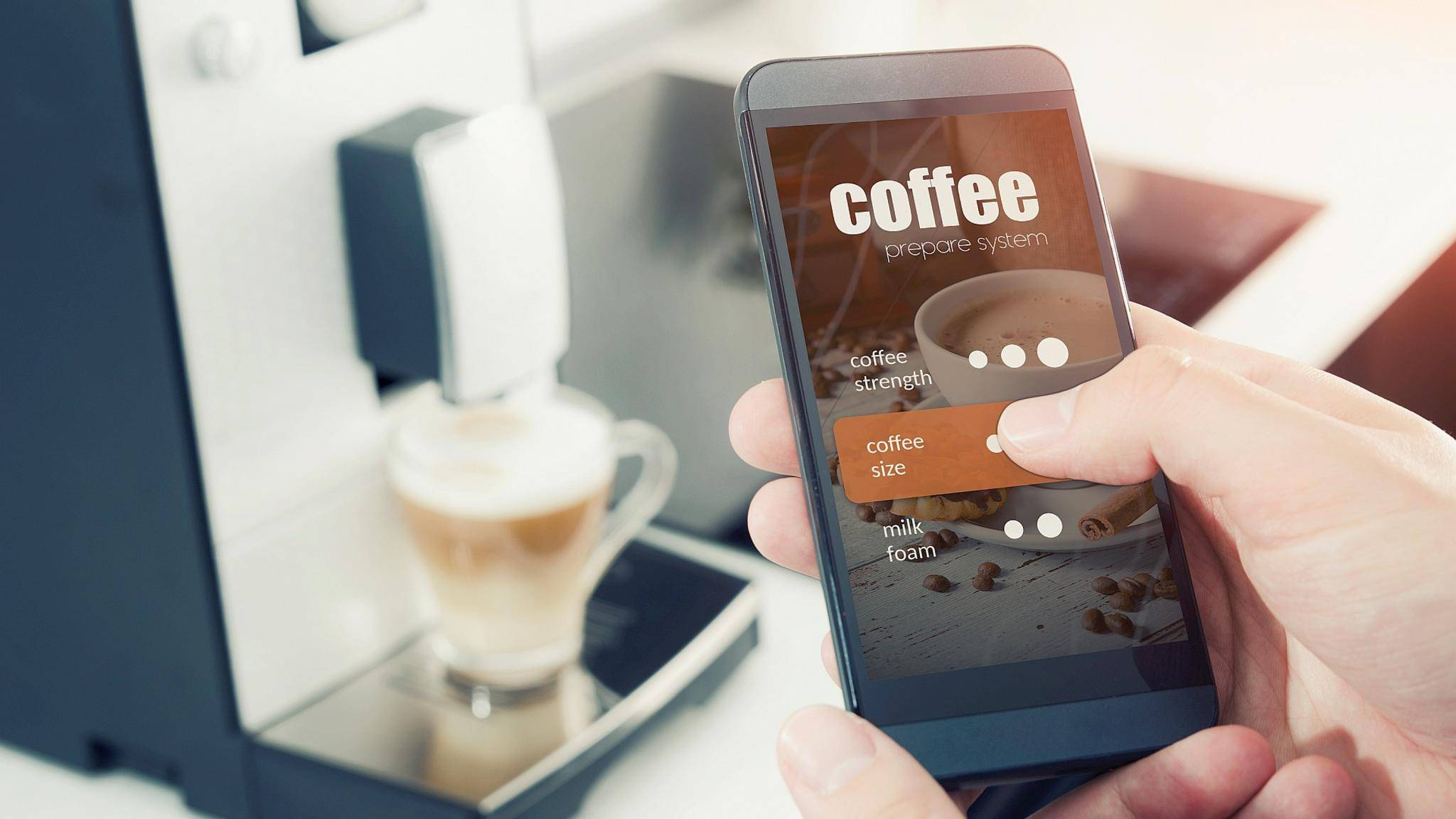 smarte-kaffeemaschine-smart-home-handy