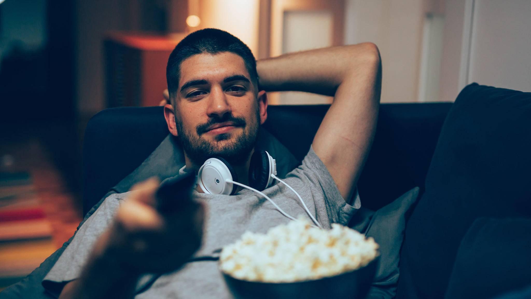Per Kopfhörer ungestört nachts fernsehen.