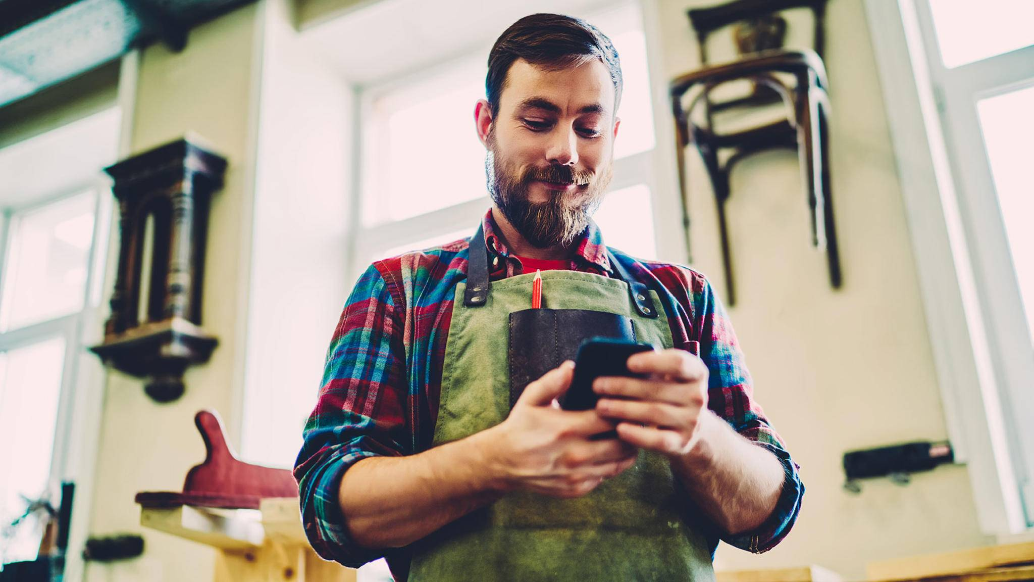 Für manche Berufe sollte das Smartphone etwas robuster sein.