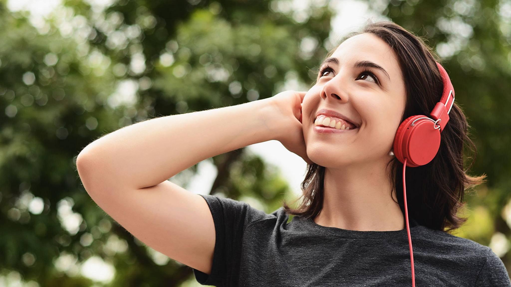 On-Ear-Kopfhörer sind ein guter Kompromiss zwischen Klang und Komfort.