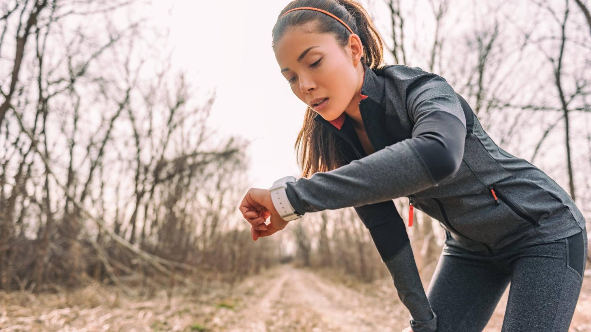 Die Smartwatch Vivo Watch soll sportliche Allrounder bei ihren Aktivitäten begleiten.