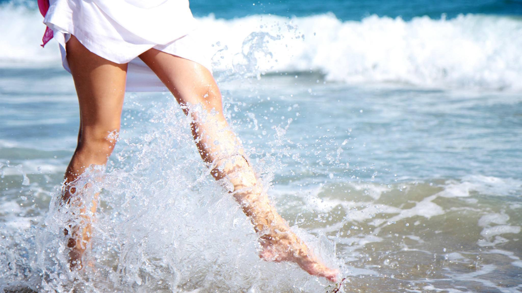 schöne und haarfreie Beine im Sommer