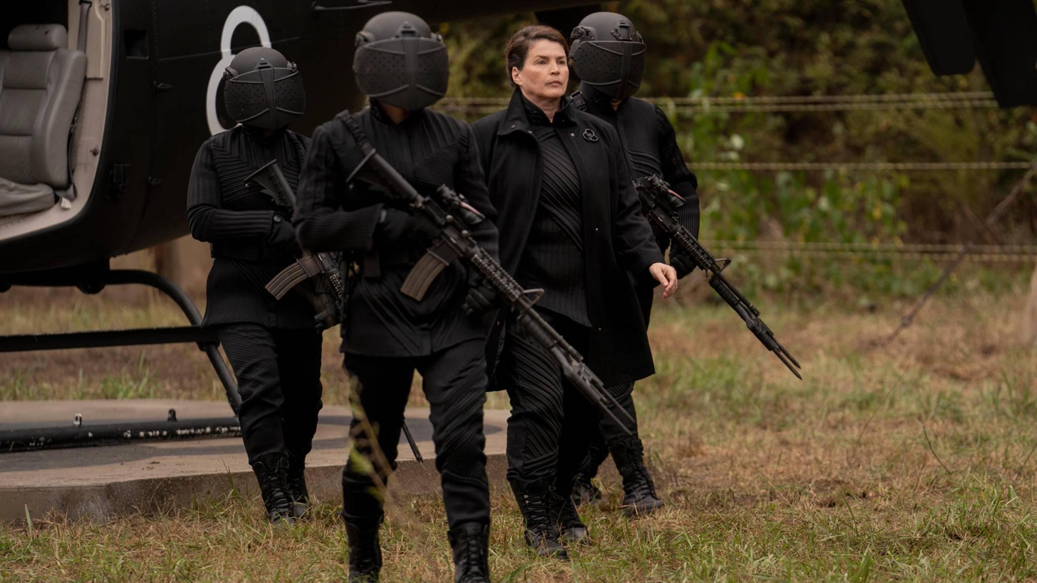 The Walking Dead World Beyond_S01E01_Julia Ormond als Elizabeth Kublek