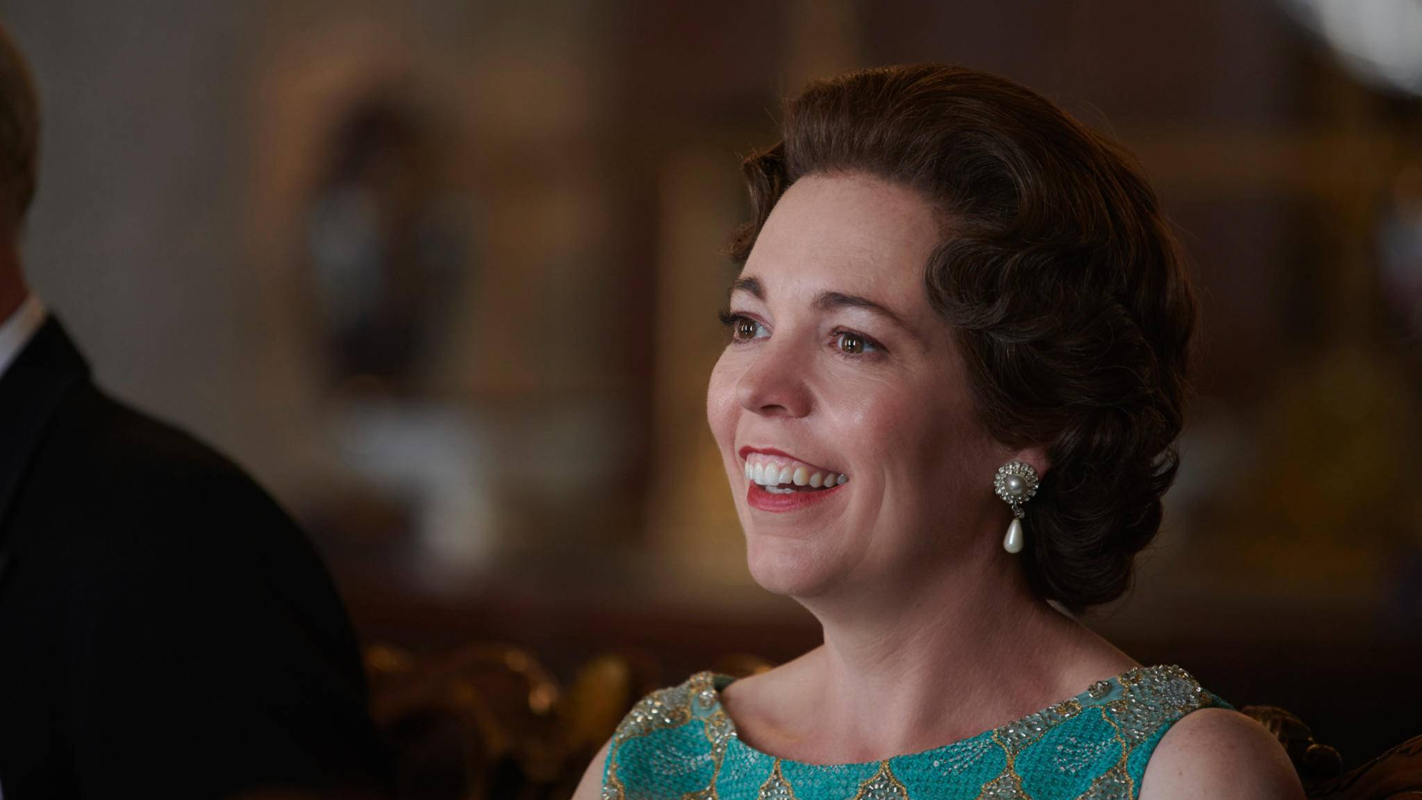 The Crown olivia colman queen