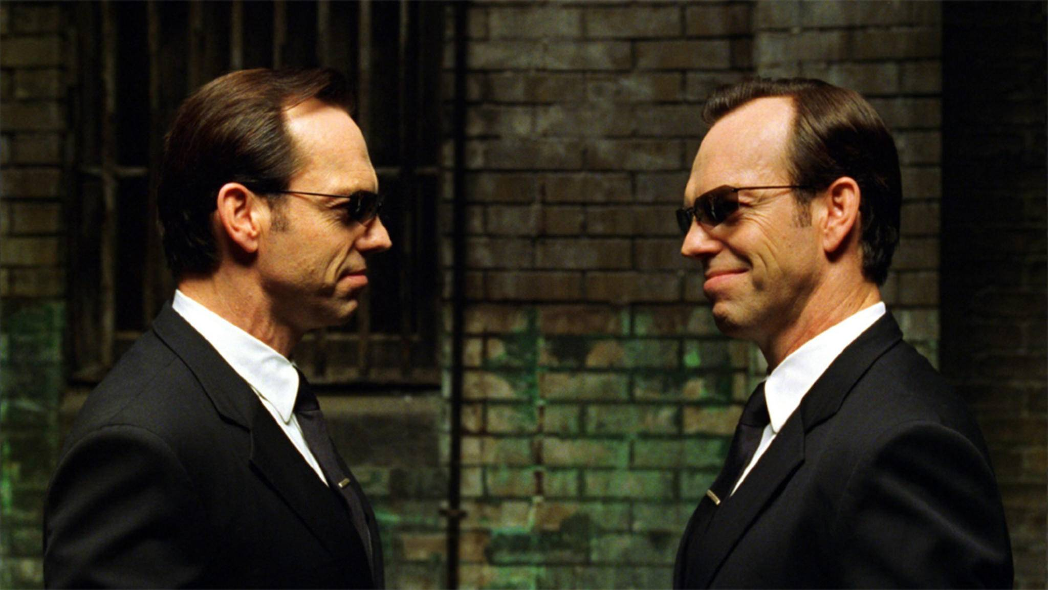 matrix agent smith hugo weaving