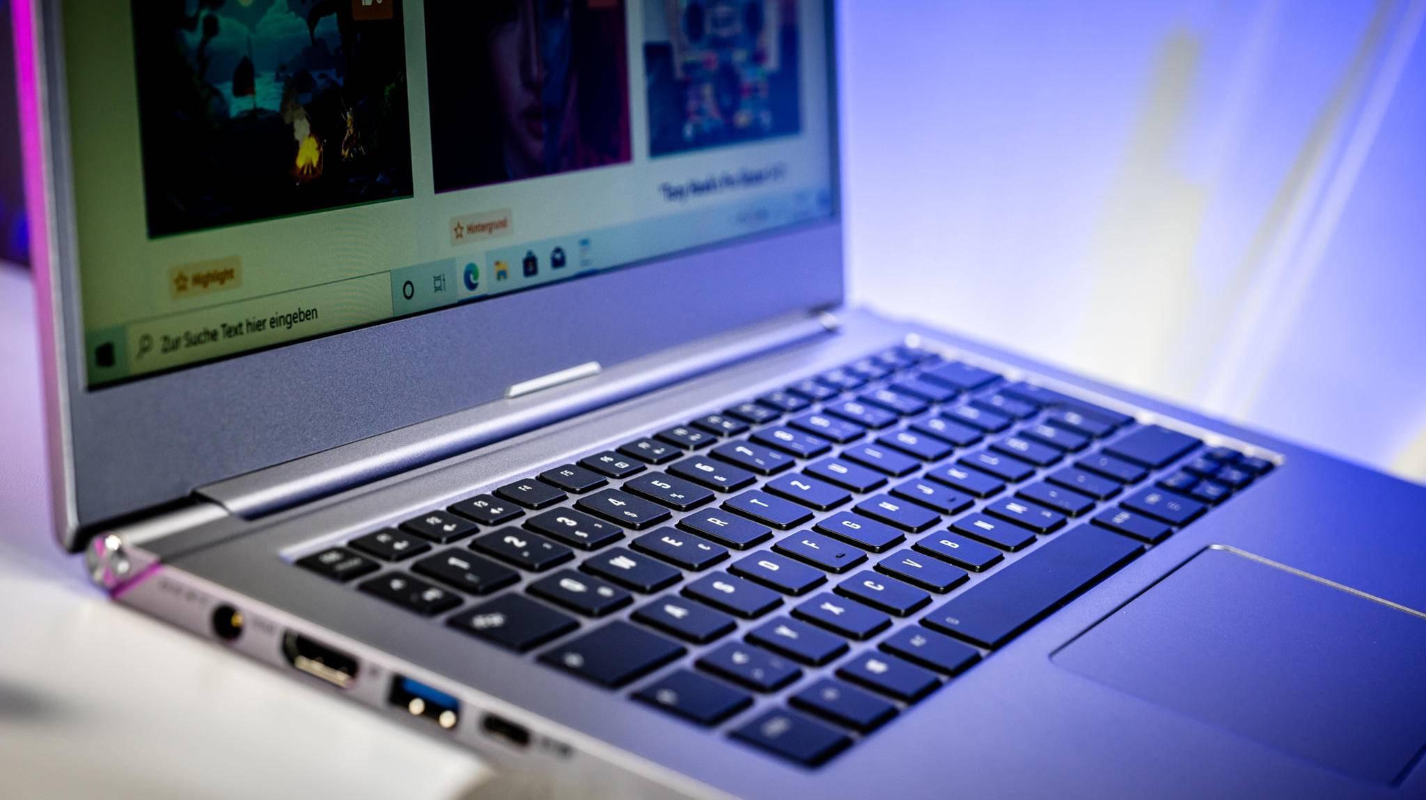 Viele Notebooks wie das Schenker VIA 14 bringen eine beleuchtete Tastatur mit.