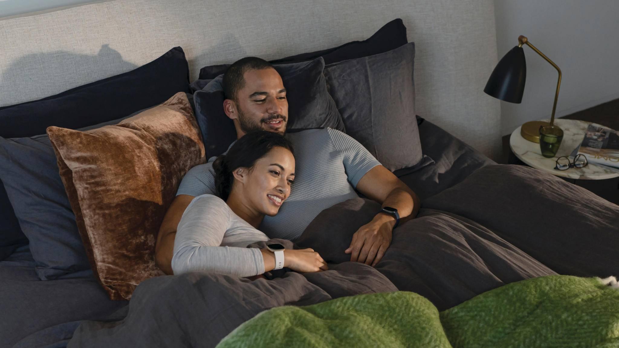 Fitbit Sense schlaf schlafzimmer