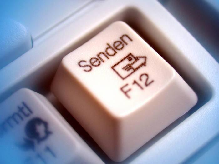Viele Menschen sind ständig per E-Mail erreichbar.