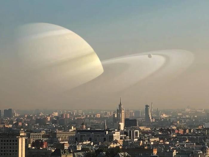 Saturn statt Mond verleiht Moskau gleich ein ganz anderes Aussehen.