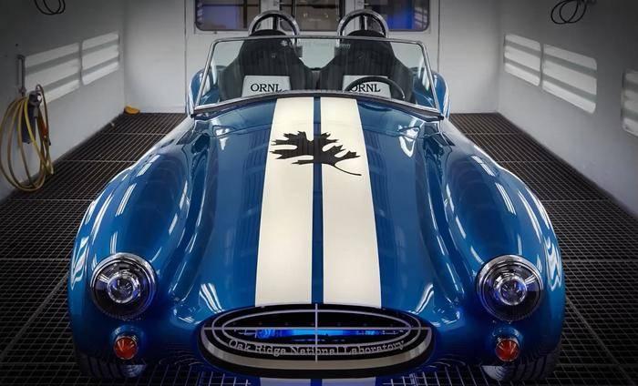 Die Cobra-Replika aus dem 3D-Drucker ist derzeit auf der Detroit Auto Show zu bewundern.