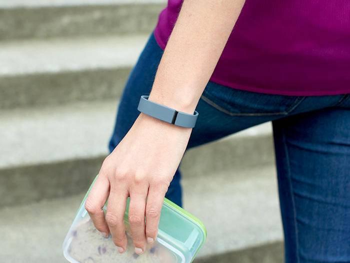 Fitbit bekommt das Problem mit Hautausschlägen offenbar nicht in den Griff.