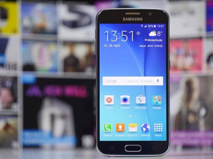 Das Galaxy S6 nervt einige Nutzer offenbar mit einem Bug.