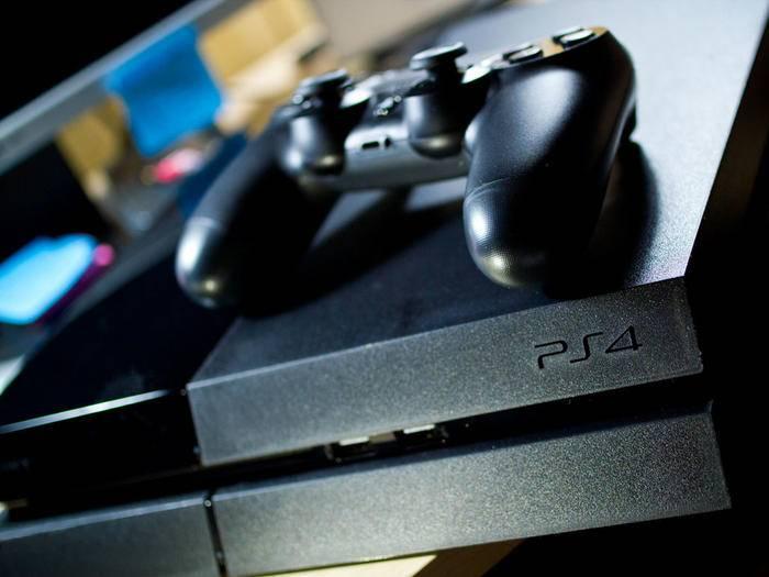 Ein Händler hat jetzt den möglichen Release-Zeitraum der PlayStation 4.5 geleakt.