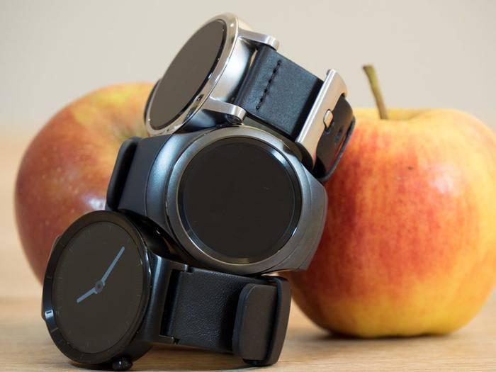 Zweimal Android Wear gegen einmal TIzen: Moto 360, Samsung Gear S2 und Huawei Watch.