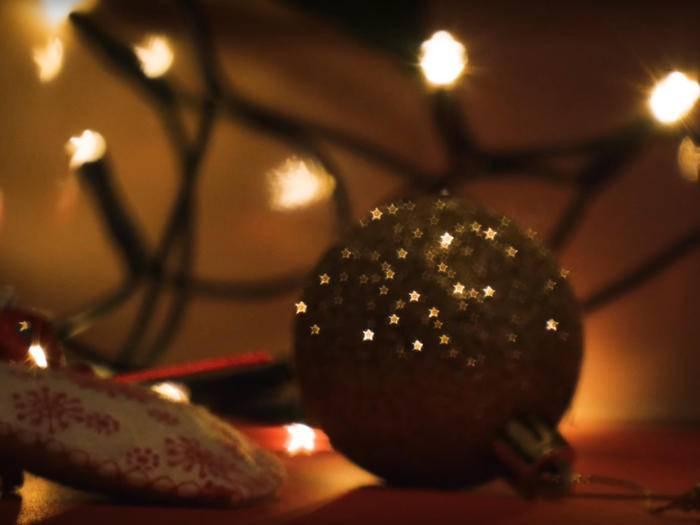 Ho, ho, ho! Mit Bokeh-Effekten zauberst Du tolle Weihnachtsstimmung.
