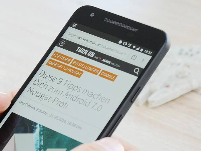 Mit einem Trick kannst Du den Nachtmodus in Android 7 aktivieren.