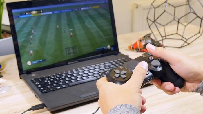 Deinen PS4-Controller kannst Du auch am PC verwenden.