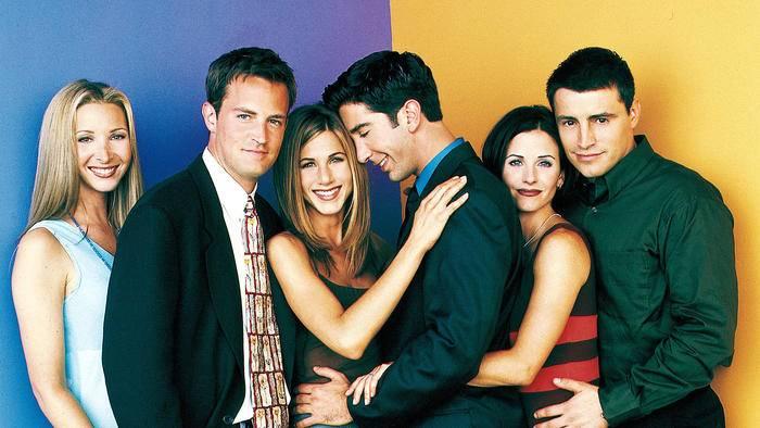 """Die Chemie stimmt einfach beim """"Friends""""-Cast (v.l.n.r.): Lisa Kudrow, Matthew Perry, Jennifer Aniston, David Schwimmer, Courteney Cox und Matt Le Blanc."""