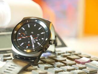 Die LG G Watch R dient als Ergänzung zum Smartphone.