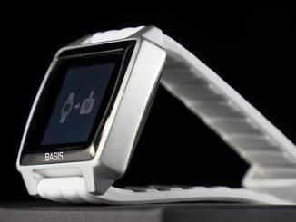 Auf den ersten Blick wirkt der Fitness-Tracker Basis Peak wie eine normale Armbanduhr.