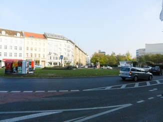 Zum nächsten interessanten Gründerhaus muss ich über den Moritzplatz.