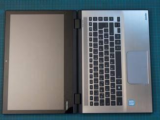 Tastatur und Trackpad enttäuschen nicht.