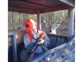 ... – im Gegensatz zu diesem Jäger.