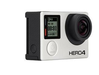 Unglaublich klein, leicht und wasserdicht. Mit 4K-Videos mit 30 fps, 120 fps für Full-HD erstaunlich preiswert. Gute Performance nur bei perfekten Lichtverhältnissen, danach problematisch.