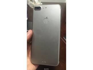 Dummy des iPhone 7 Plus.