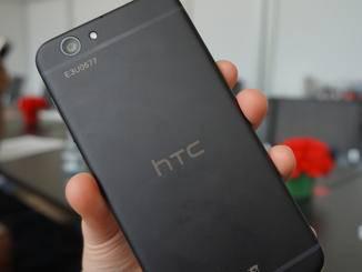 Insbesondere die Rückseite erinnert an das iPhone 6s.