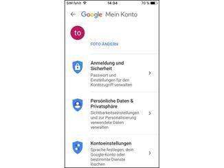 """In der Google-App auf dem iPhone wählst Du """"Anmeldung und Sicherheit""""."""