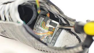 Der Nike HyperAdapt-Preis von 720 Dollar hielt Mindtribe nicht von einem Teardown ab.