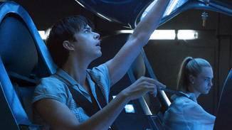 Gemeinsam mit seiner Partnerin nimmt Valerian eine intergalaktische Mission an.