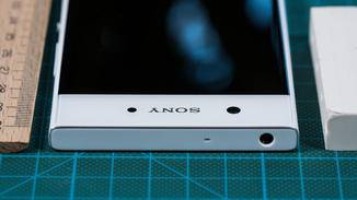 Anders als beim iPhone 7 gibt es hier noch einen Standard-Kopfhöreranschluss.