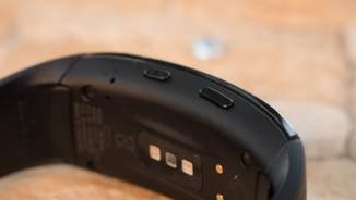 Auf der Rückseite befinden sich die Sensoren.