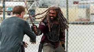 ... obwohl er in Episode 4 von Staffel 8 nun gegen seine eigenen Leute kämpfen muss.