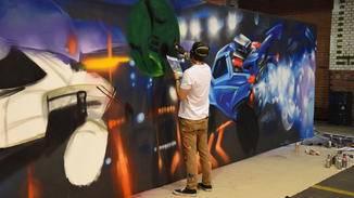 ...und ein paar gemalte, die als Live-Graffiti an die Wand gesprüht werden.