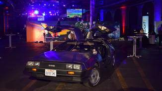 Zu den virtuellen Autos gesellt sich auch ein echtes...