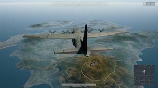 Im Flugzeug werden die Spieler dann über die Map geflogen.