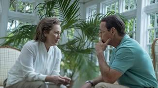 ... kam er gemeinsam mit Verlegerin Kay Graham (Meryl Streep, l.) einem großen Regierungskomplott auf die Schliche.