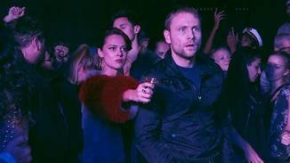 Der Austausch von Wolfgang gegen Whispers in einem Nachtclub...